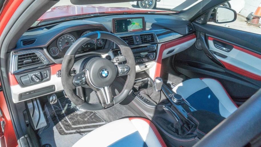 Единственный в мире «30-летний» BMW M3 выставили на торги 4