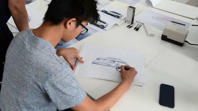 Студенты сделают из кроссовера Skoda Karoq кабриолет 1