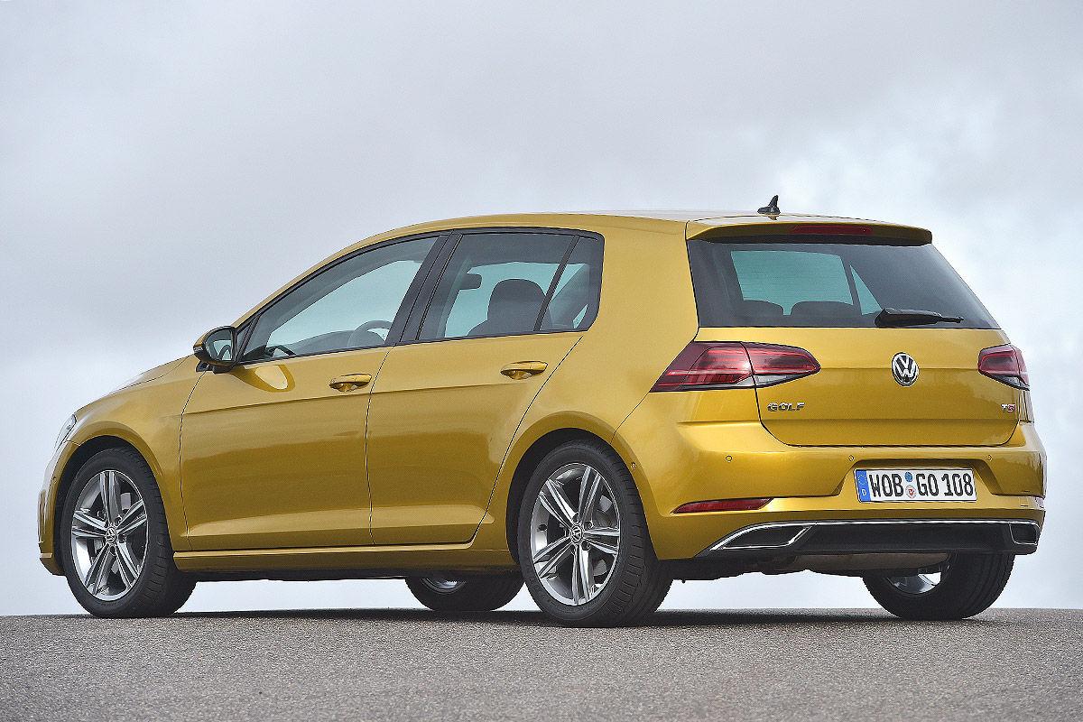 «Два характера одной машины»: тест-драйв VW Golf 2
