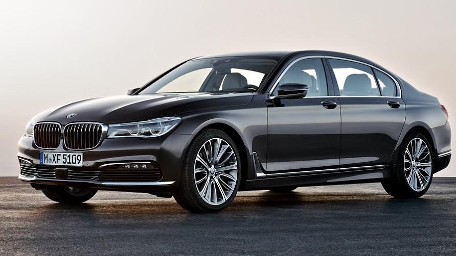 BMW срочно остановила продажи моделей 7 серии 1