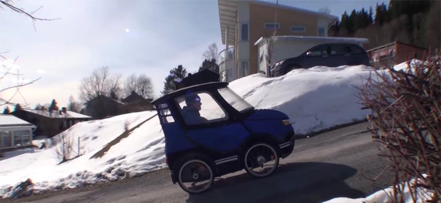 Житель Швеции создал «симбиоз» автомобиля и велосипеда 1