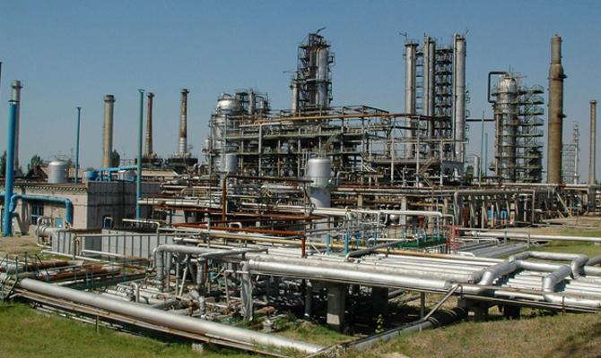 В Украине будут выпускать бензин Евро-4 2