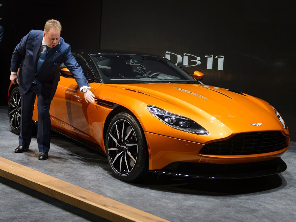 Глава компании Aston Martin будет лично проверять суперкары DB11 1