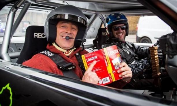 Известный дрифтер вместе с ведущим Top Gear устроили гонки в центре Лондона 1