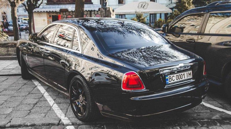 В Украине обнаружен коллекционный Rolls-Royce 3