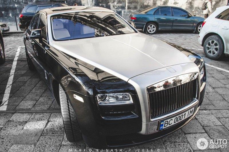 В Украине обнаружен коллекционный Rolls-Royce 2