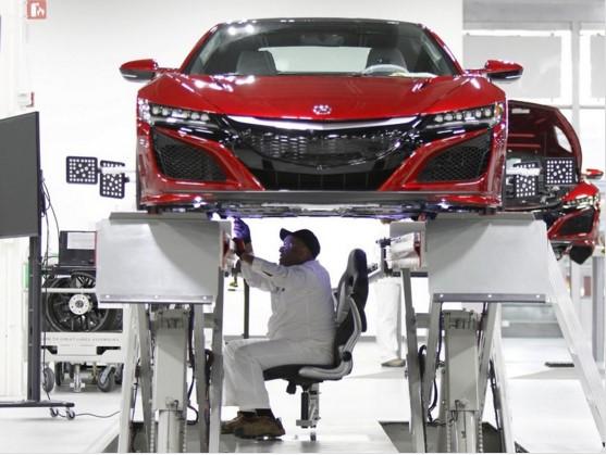 Модель Acura NSX сойдет с конвейера уже через месяц 1