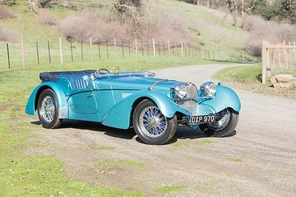 Bugatti, выпущенный в 1937 году, продан за 10 миллионов долларов 2
