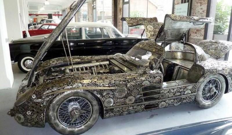 Невероятно, но факт: шикарный раритетный автомобиль собран из металлолома 3