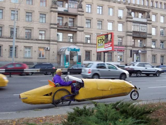 Украинец создает необычайные транспортные средства в собственном гараже 1