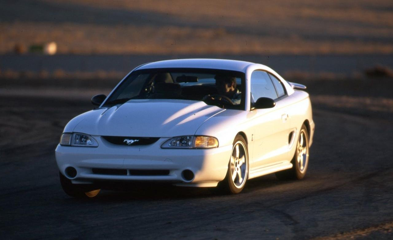 Уникальный Ford Mustang SVT выставили на аукцион 1