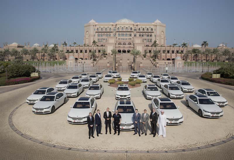 Самые дорогие парковки в мире 1