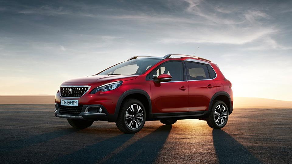 Peugeot презентует 2 новых кроссовера 1