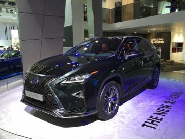 Продан миллионный экземпляр Lexus IS 1