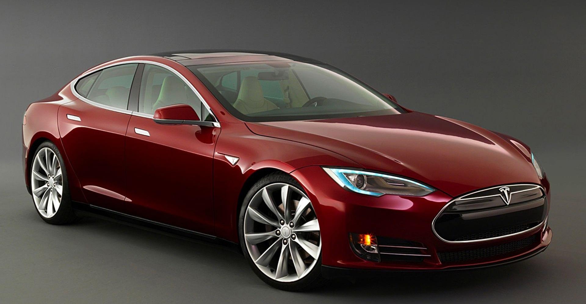 Марка Tesla «запустила» новые модели 1