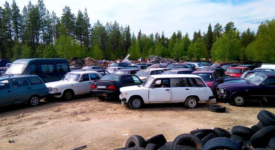 В Финляндии автомобили из России продают по цене 1 евро 1