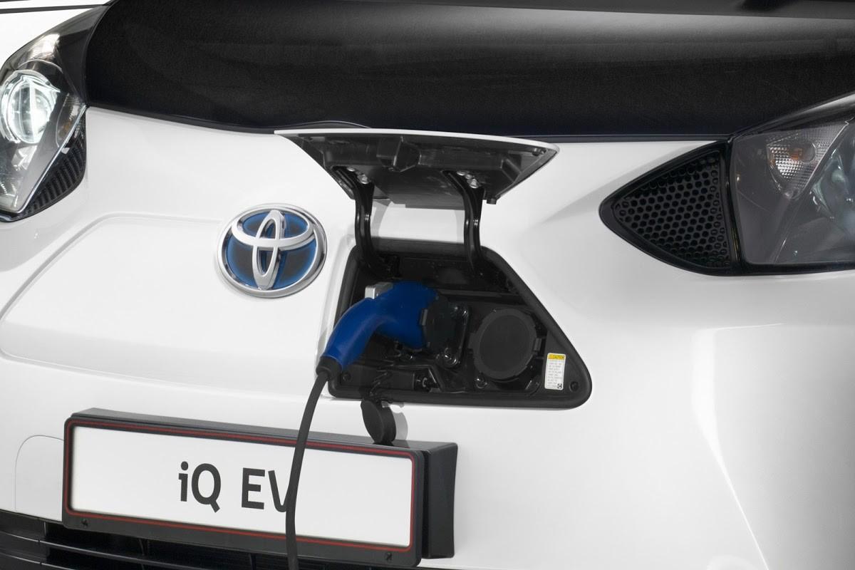 Toyota: мини-электрокары строить выгоднее, чем гибриды 1