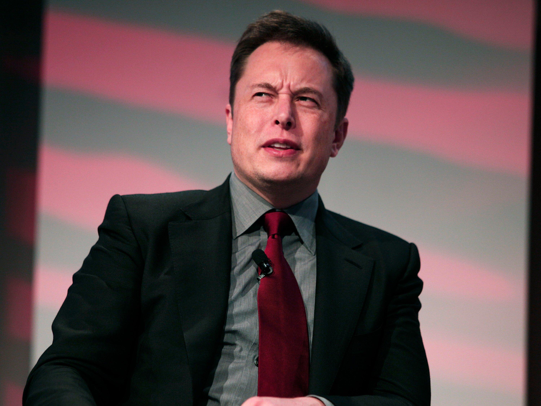 У главы Tesla появился «шпион-двойник» 1