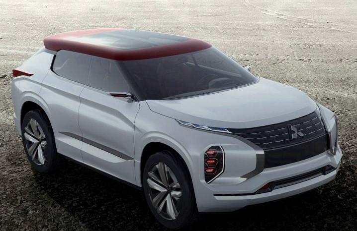 Mitsubishi рассекретила новый кроссовер 1