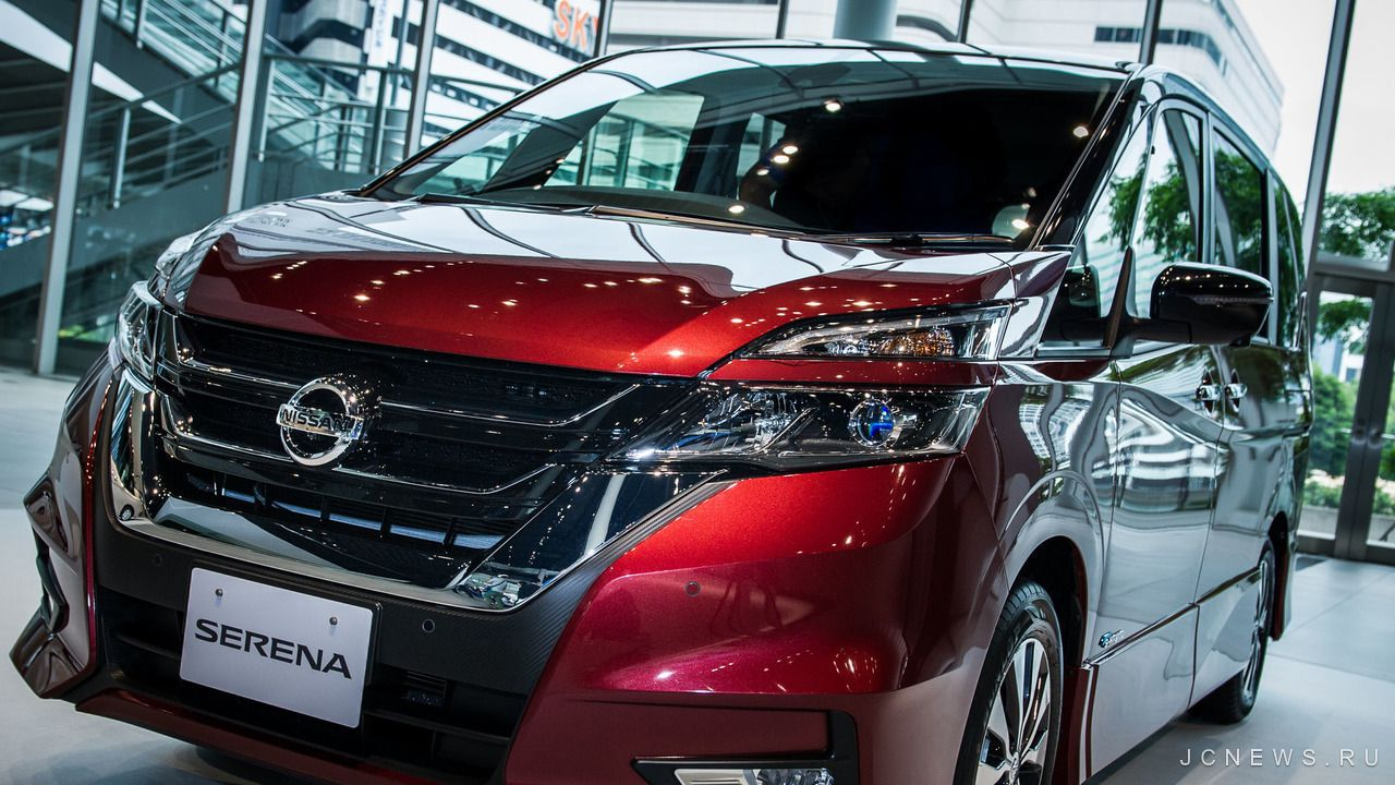 Nissan отзывает новую модель Serena 1