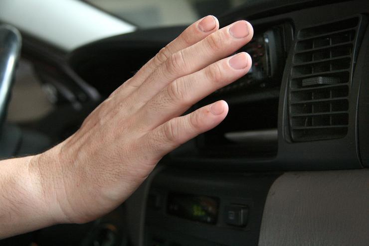 «Три беды», подстерегающие водителя в жару 1