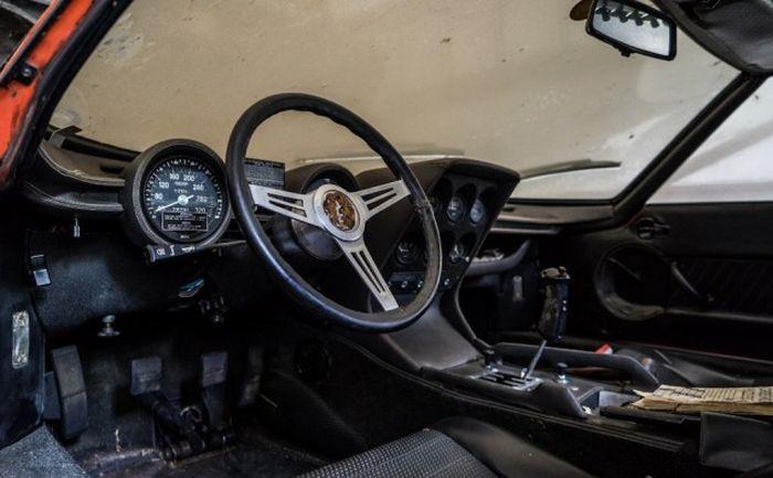 Lamborghini, который 28 лет пылился в гараже 3