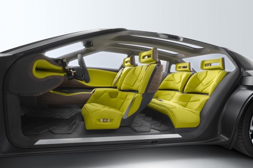 Марка Citroen показала гибридную модель 4