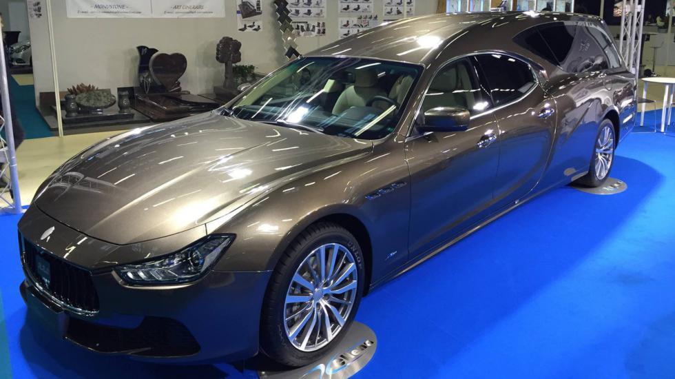 Итальянцы «превратили» Maserati Ghibli в катафалк 1
