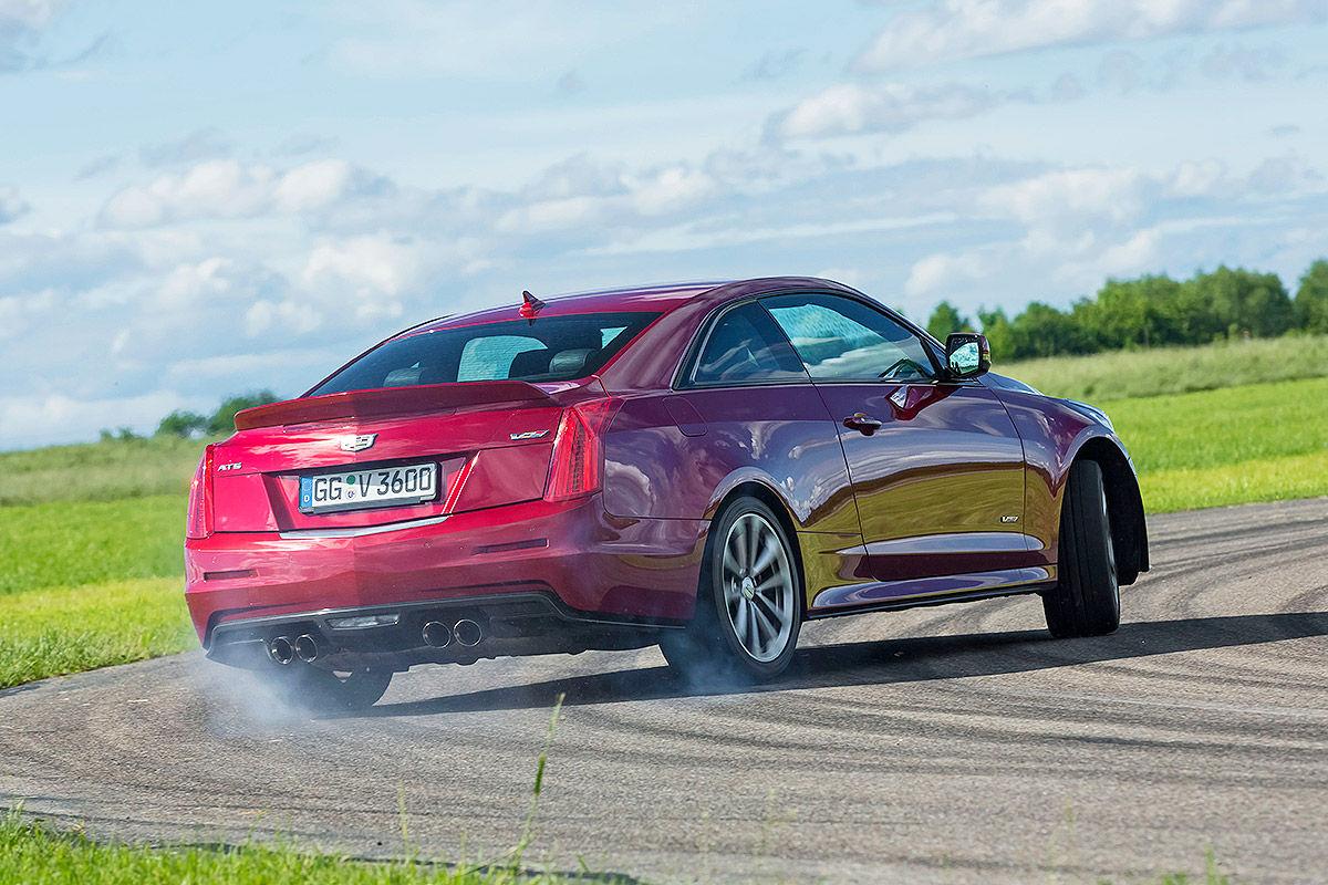 Обзор б/у авто: тест-драйв Ford и Mercedes 5