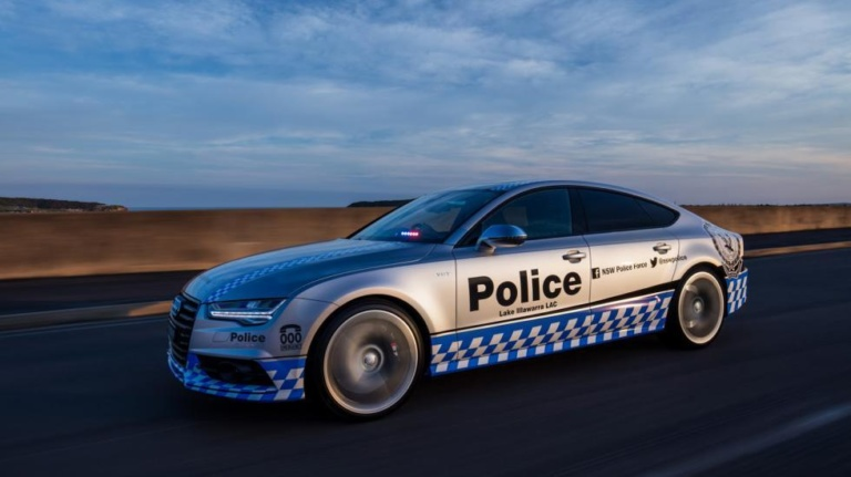 Полицейских пересадят на Audi S7 2