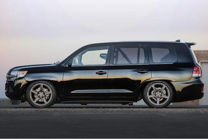 Toyota построила Land Cruiser мощностью 2000 сил 2