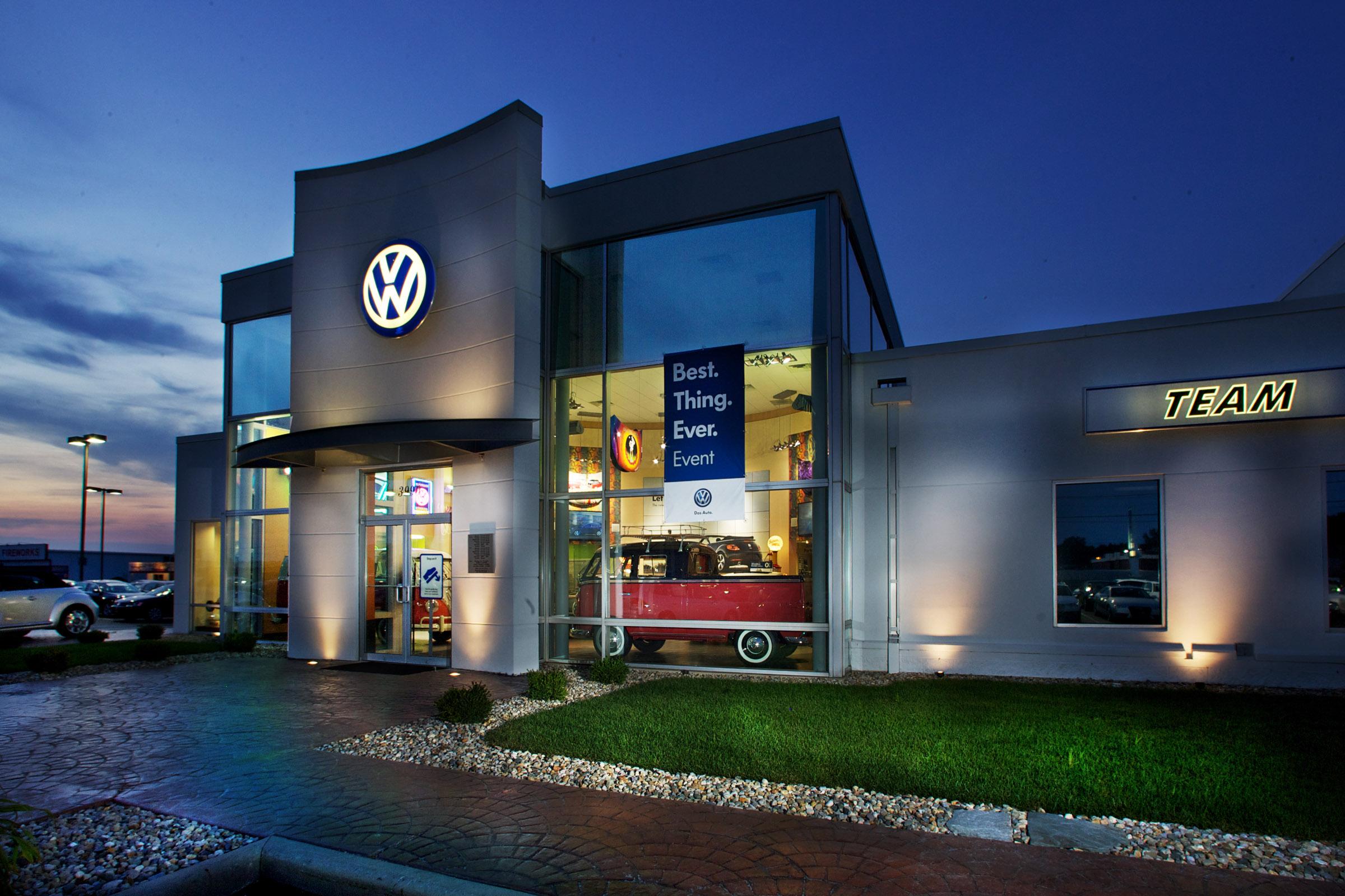 Volkswagen опережает Toyota по продажам новых автомобилей 1