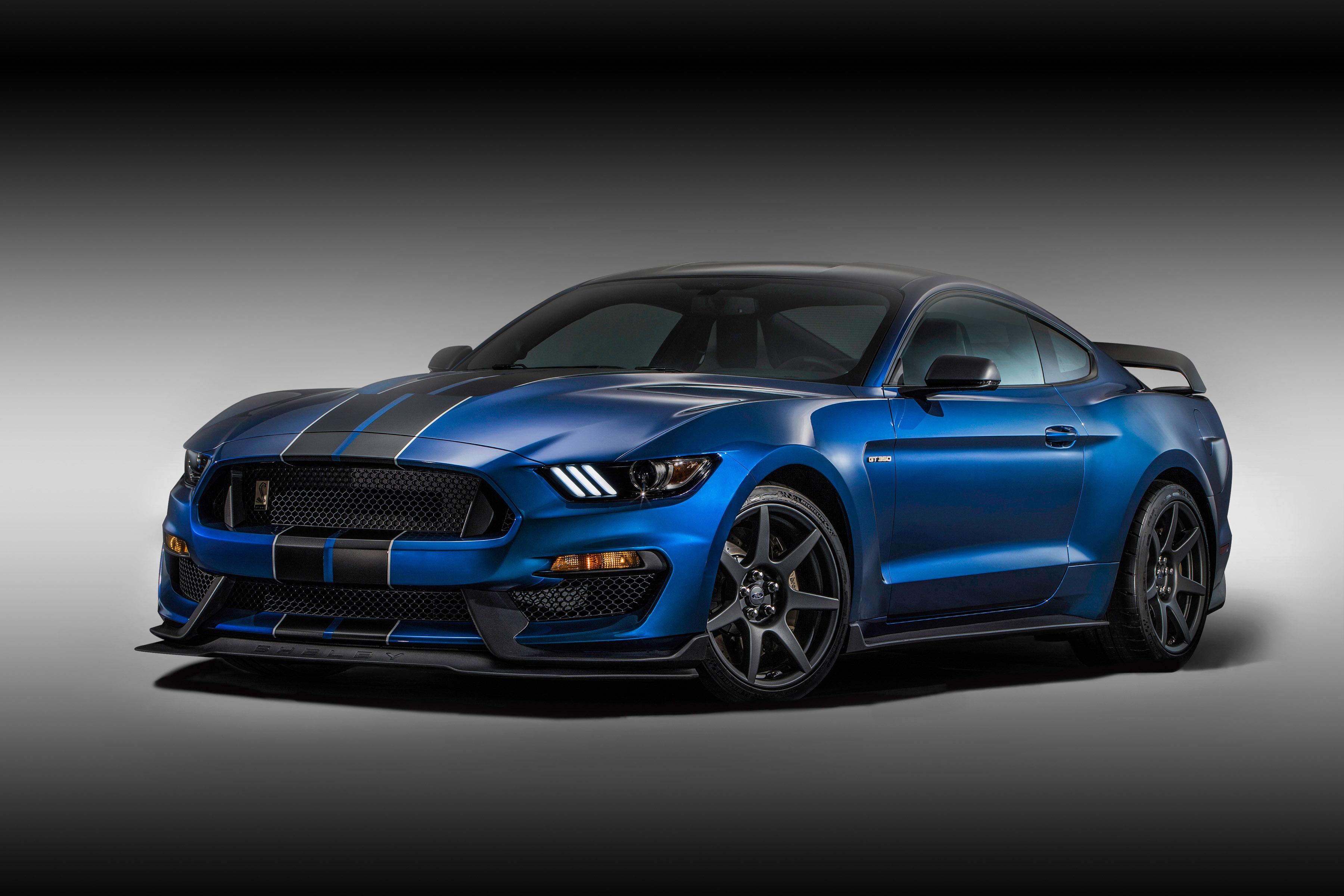 Ford Mustang Shelby очень пожароопасен 1