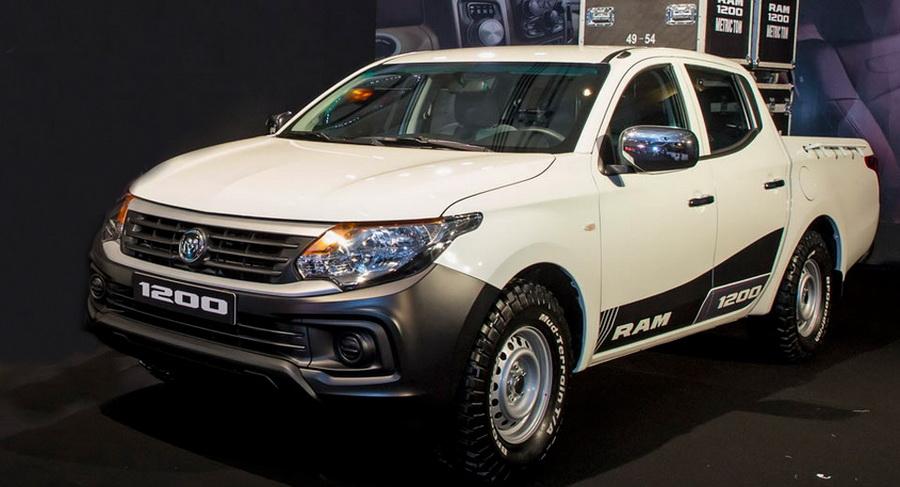 У Mitsubishi L200 появился новый брат-близнец 1