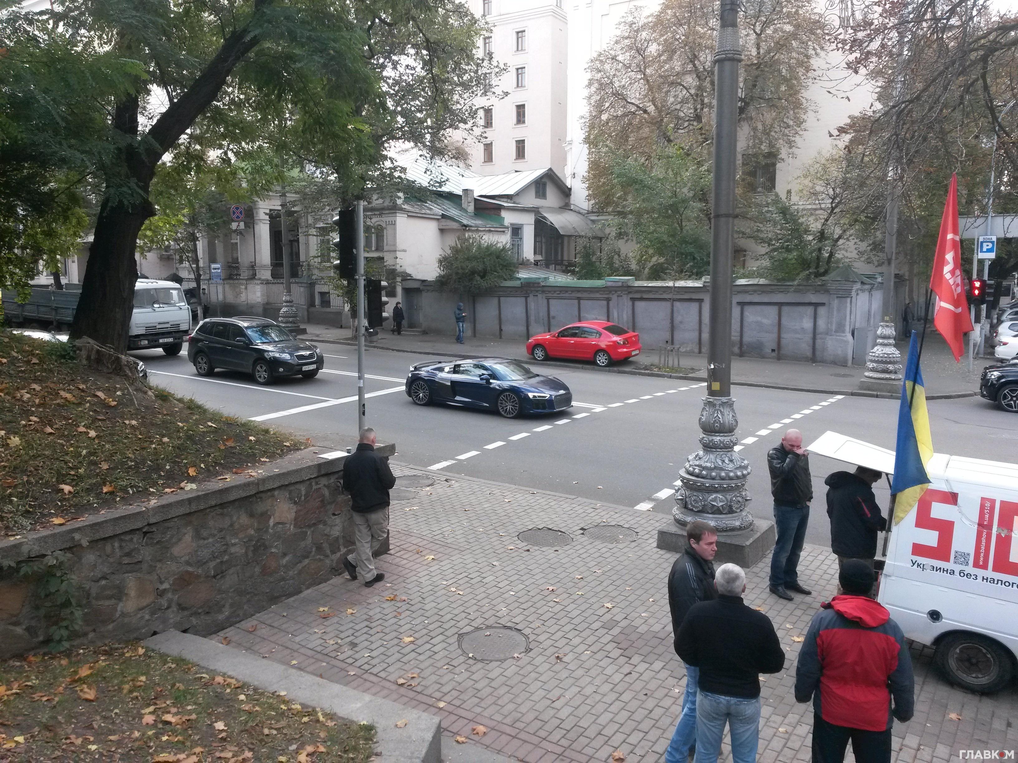 В Украине замечен роскошный суперкар Audi R8 1