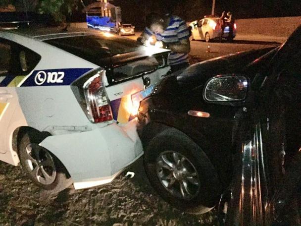 Кто ремонтирует разбитые автомобили патрульной полиции 1