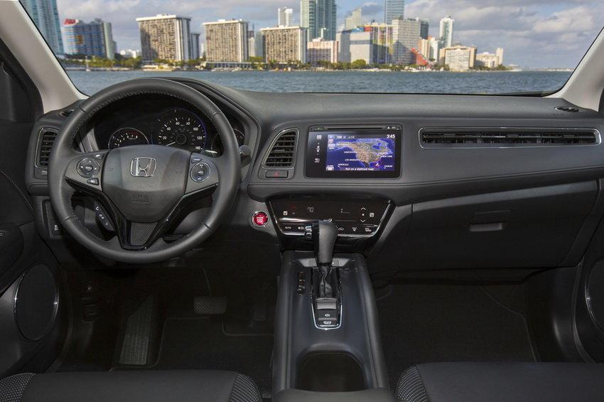 Фотошпионы рассекретили стилистику новой Honda CR-V 2