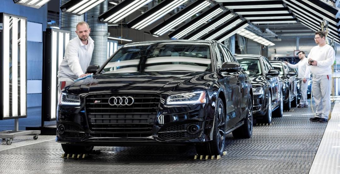 В Германии стартовал выпуск нового седана Audi A8 1