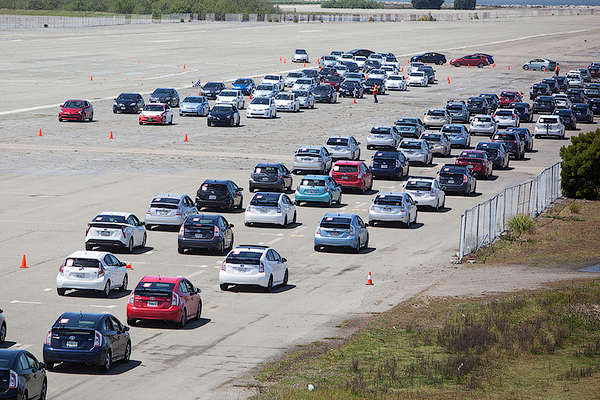 Гибрид Тойота Prius установил рекорд Гиннеса 1