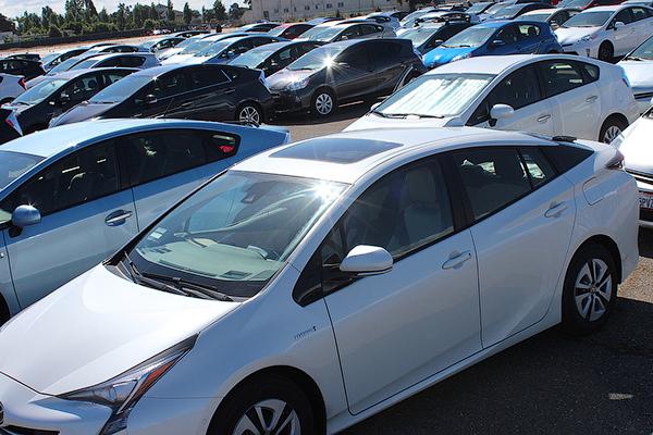 Гибрид Тойота Prius установил рекорд Гиннеса 3
