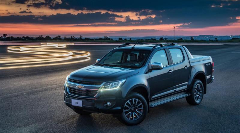 Компания Chevrolet рассекретила рестайлинговый пикап Colorado 1