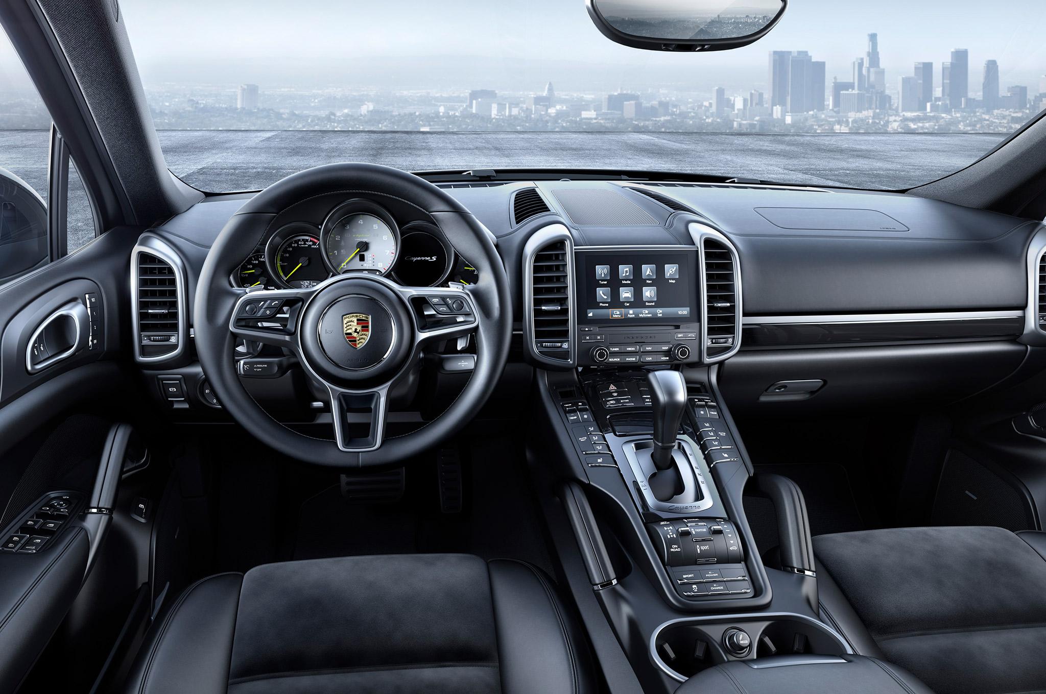 Марка Porsche выпустила спецверсию внедорожника Cayenne 3