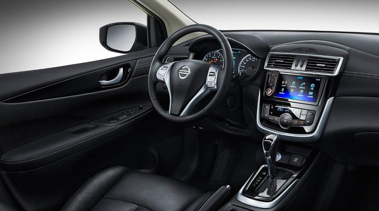 Новый Nissan Tiida стал «амбициознее» 1