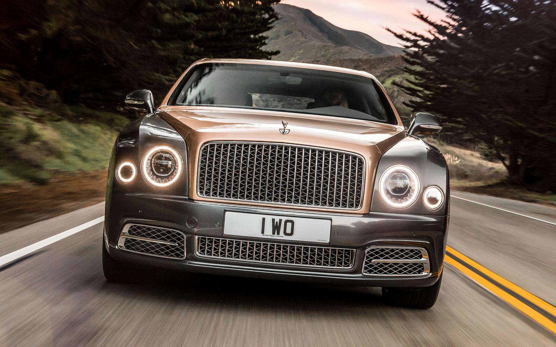 Компания Bentley показала в Пекине новую роскошную модель 3