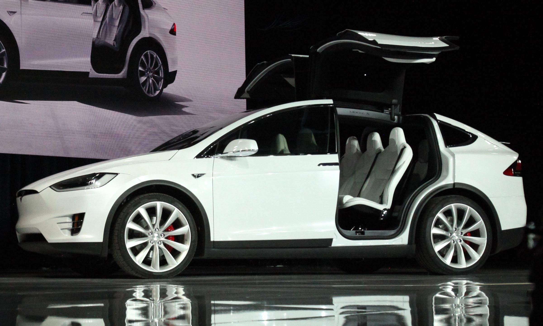 Первые отзывы владельцев Tesla: «не машина, а развалюха» 1
