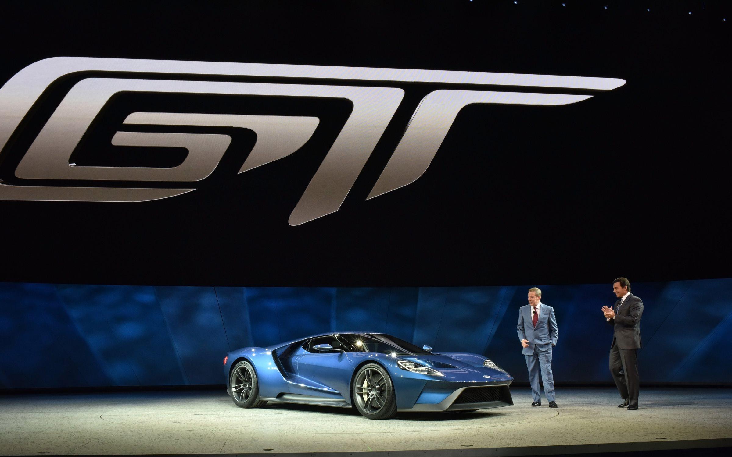 Компания Ford приняла 7 000 заявок на покупку пятисот суперкаров GT 1