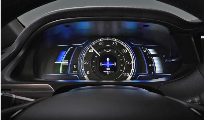 Презентована новая гибридная версия Honda Accord 3