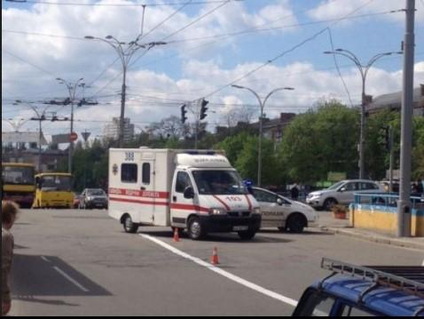В столице патрульный автомобиль Renault Duster совершил наезд на женщину 1