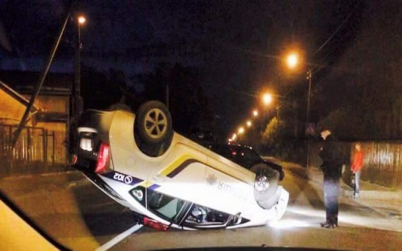 Кто ремонтирует разбитые автомобили патрульной полиции 3