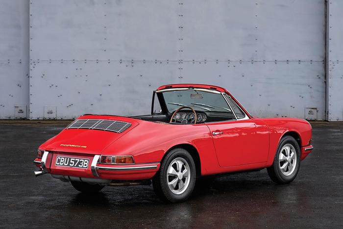 На аукцион выставили Porsche почти за 1 млн евро 1